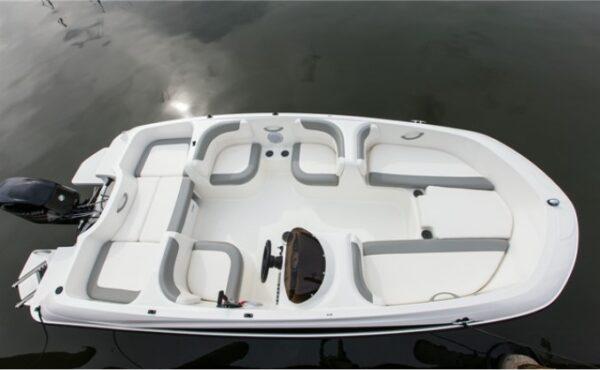 bayliner boat on the floor