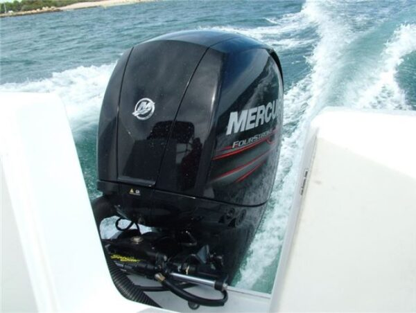 testing the outboard motor